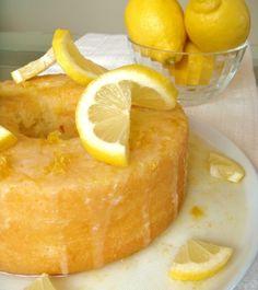 Bolo de limão siciliano e iogurte