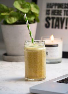 Gylden gurkemejedrik - smoothie opskrift med frisk gurkemeje