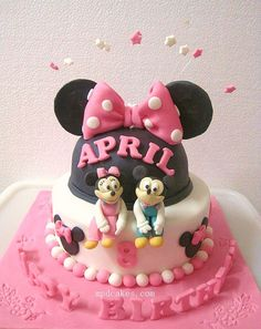 Mickey And Minnie Cake | Typical Minnie Mouse hat cake with … | Flickr