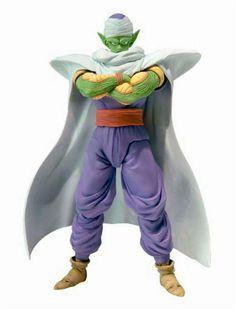 Figura Piccolo, 14 cm. Dragon Ball. Bandai. S.H. Figuarts Nueva versión de Piccolo. El fabricante Bandai junto a Tamashii Nations nos presenta esta versión mejorada de la figura de Piccolo con gran cantidad de articulaciones y complementos la capa del pueblo de Namek y que pertenece a la colección S. H Figurarts.