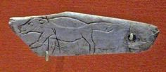 Les Eyzies-de-Tayac ~ Aquitaine ~ Dordogne ~ Wolverine, late Magdalenian period, around years old. Probably from the cave of Les Eyzies. Ancient History, Art History, Fisher Animal, Prehistoric Period, Art Pariétal, Paleolithic Art, Lascaux, Dordogne, Indigenous Art