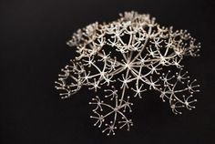Ingjerd Hanevold: Series of fractals, Crown Dill Performance, 2012. Brooch, silver. Photo Andi C. Andreassen