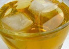 Poszukiwania dobrego letniego orzeźwiającego herbacianego napoju rozpoczęte. W pierwszym rzucie trafiam na produkt firmy Tymbark z linii Next. Yerba Mate