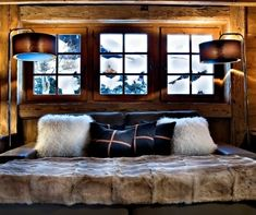 Style Rustique, Rustic Wood Bed, Wood Cladding, Wooden Wardrobe, Tree Furniture