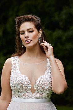 Wtoo Marnie gown #weddingdress #spring2015