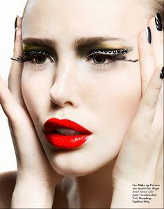 Makeup Designs | Perfect Gold Silver » Eyeshadow Lipstick
