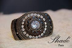 Bracelet vintage en argent strass Swarovski via Shadé Paris. Click on the image to see more!