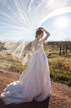 See 13 of the best celebrity wedding gowns to inspire you for your special day here: Allison Williams in Peter Copping for Oscar de la Renta