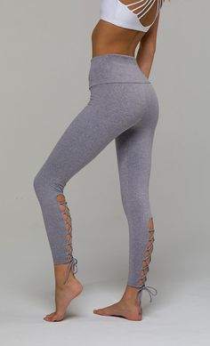 #PintoWinOnzie Laced Up Legging - Stone | Onzie