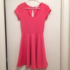 New! Pink dress New without tags! Cute flowy dress! Dresses Mini