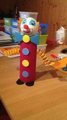 Kids Crafts, Preschool Crafts, Diy And Crafts, Arts And Crafts, Paper Crafts, Toilet Roll Craft, Clown Party, Circus Theme, Creative Activities