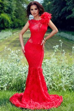 Dreams of becoming a women. 🏳️🌈Top Posts My Posts Tags: # Beautiful Long Dresses, Sexy Long Dress, Pretty Dresses, Red Fashion, Fashion Dresses, Summer Dress Outfits, Dress Images, Glamour, Elegant Woman