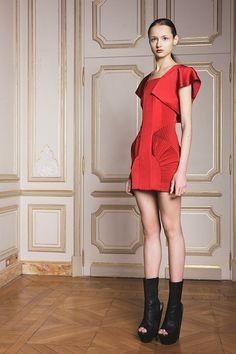 ILJA Caesura Couture Collection Herfst/Winter 2014-15 Studio (8) - Shows - Fashion
