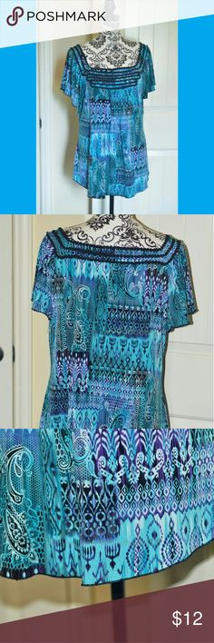 Womens Blouse Size XL By Cato 96% Polyester 4% Spandex Bust 42 inches Length 27 inches Please keep in mind colors may vary depending on the device you use Smoke-free, dog friendly home Cato Tops Blouses