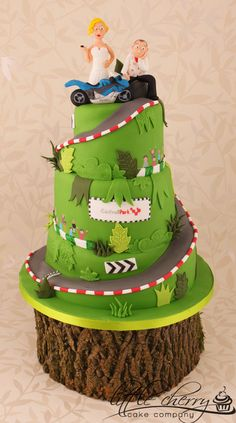 3 tier wedding cake with a spiral road cut from it. Bride confiscating the Grooms bike keys (similar to a wilton topper i think? Themed Wedding Cakes, Cool Wedding Cakes, Race Track Cake, Mountain Cake, Mountain Biking, Motorcycle Cake, Bike Cakes, Dad Cake, Cherry Cake
