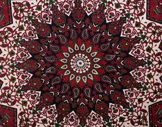 Fresh Arrival Twin Mandala tapestry Multi par komalanhandmades