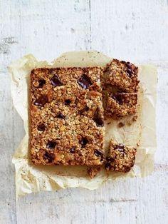 Pistachio, apricot & dark chocolate energy bars | Jamie Oliver Vegan, gluten free?