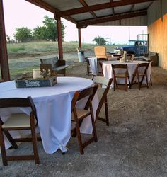 Blessed Oak Farm, barn wedding, Oklahoma wedding venue