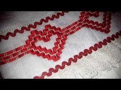 O ponto vagonite é ideal para os iniciantes no bordado, pois é um dos mais fáceis de fazer. Confira algumas dicas e tutoriais para aprender essa técnica. Swedish Weaving, Kanzashi, Quilt Tutorials, Crochet Necklace, Ribbon, Quilts, Embroidery, Beads, Sewing