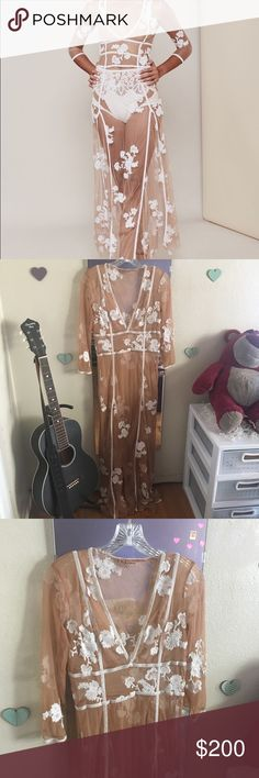 For love and lemons elenora white maxi dress Nwot, no flaws :) willing to trade for other fl&l and taking offers For Love And Lemons Dresses Maxi