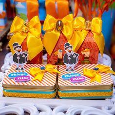 Festa Mundo Bita: 50 ideais criativas para adicionar à decoração George Pig, Birthday Cake, Gift Wrapping, Rose, Party, Gifts, Bernardo, Lucca, Circus Birthday Cakes