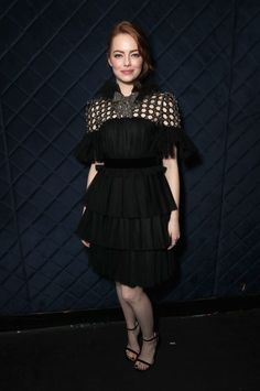 """Emma Stone won Best Lead Actress for """"La La Land"""" at the Australian Academy Cinema Television Arts awards in a Gucci silk tulle plisse tiered cocktail dress with embellished neckline and crystal bow by Alessandro Michele. Emma Stone Style, Isla Fisher, Keith Urban, Nicole Kidman, Estilo Emma Stone, Emma Stone Red Carpet, Actress Emma Stone, Gucci Dress, Red Carpet Looks"""