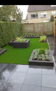 voici-notre-tondeuse-a-gazon-quotidienne-arroseur-de-pelouse-pelouse-saine-rasenre/ delivers online tools that help you to stay in control of your personal information and protect your online privacy. Front Yard Landscaping, Small Gardens, Small Backyard, Small Garden Design, Backyard Landscaping Designs