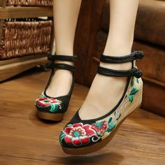 Spring/Autumn Fashion Chinese style  Hibiscus flowers embroidery pumps Cotton Size(35-40) red+black+green soft sole wedge shoes