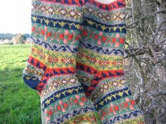 Great project to practice color Work! Ravelry: Land Girl Socks pattern by Catherine Wallace Fair Isle Knitting, Loom Knitting, Knitting Socks, Hand Knitting, Crochet Socks, Knit Or Crochet, Knitted Slippers, Crochet Granny, Knitting Designs