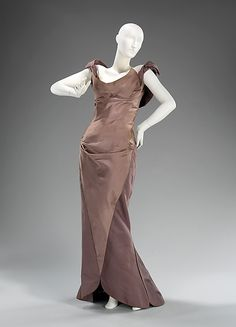 1960 Charles James Evening dress Metropolitan Museum of Art, NY