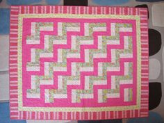 "Baby Quilt using Victoriana Quilt Designs ""Baby Rail Fence"" free pattern"