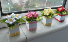 Neat ideas for indoor garden - with handmade fabric or ribbon flowers! :)
