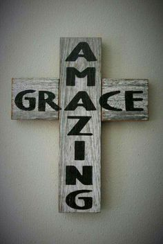 Amazing Grace Rustic Barn Board Cross Country by KACountryDecor Pallet Crafts, Pallet Art, Wood Crafts, Diy Crafts, Pallet Beds, Pallet Wood, Wooden Crosses, Wall Crosses, Painted Crosses