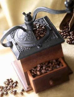 How cool is this!!! Vintage coffee grinder.....