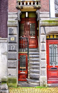 Doorways in Amsterdam, Holanda Entrance Doors, Doorway, Week End Amsterdam, Visit Amsterdam, Portal, Cool Doors, Unique Doors, Knobs And Knockers, Amsterdam Netherlands