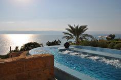 Come se la cavano i nostri blogger in #Giordania? Ve lo raccontiamo qui > http://bit.ly/1mafakI Segui il nostro blog #tour #VolagratisJN #jordan #travel #deadsea