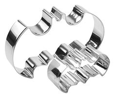 OliaDesign® Set of 2 Batman Cookie Cutter -- Save this wonderfull product : Baking Accessories
