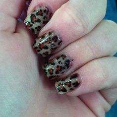 Leopard nails! Eeeeek