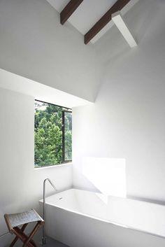 Bathroom | Pure White |