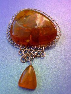 j2. Cognac Honey Baltic Amber cabochon Brooch Pin Old Vintage Soviet Jewelry 8 g