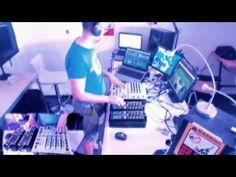 Looking for the Perfect Beat 201524 - RADIO SHOW (non hosted version) - YouTube