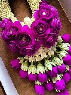 Wreath of flowers. Flower Garland Wedding, Paper Flower Garlands, Flower Ornaments, Floral Garland, Diy Garland, Flower Decorations, Wedding Flowers, Wedding Decorations, Wedding Garlands