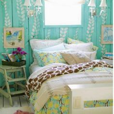 Shabby Chic Bedroom in Turquoise!