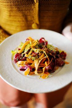 raw vegetable linguini w walnut pesto