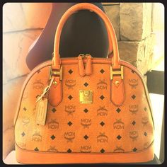 💖HP💖 Vintage MCM Heritage Collection Bowler Bag 100% Authentic MCM Heritage Bowler handbag. MCM Bags