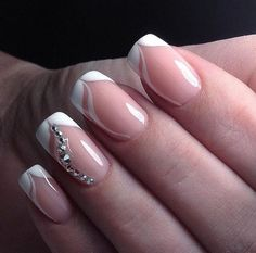french nails art Of July Easy Nails, Simple Nails, Cute Nails, Pretty Nails, Bride Nails, Wedding Nails, French Nails, Nails French Design, French Manicure Nails