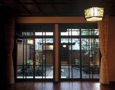 蔵と中庭のある和の生活(木造新築と蔵のリノベーション)