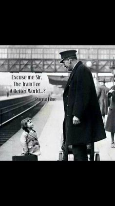 Isnt she a little to young to be traveling by herself ? Bristol Railway Station, England, 1936 A young passenger asks a station attendant for directions. Bristol Railway Station, England, by George W. Excuse Moi, Black And White Pictures, Worlds Of Fun, Vintage Pictures, Vintage Photographs, Belle Photo, Vintage Travel, Historical Photos, Retro