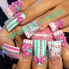 Flare tip nails Exotic Nail Designs, Toe Nail Designs, Nails Design, Bling Nail Art, Bling Nails, Glitter Nails, Gorgeous Nails, Pretty Nails, Fabulous Nails