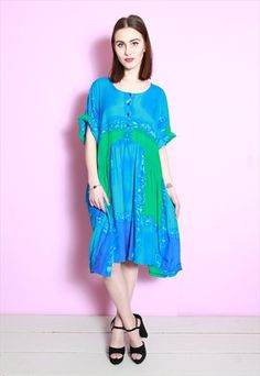 Vintage 1970's Vibrant Green and Blue Loose Hippy Dress